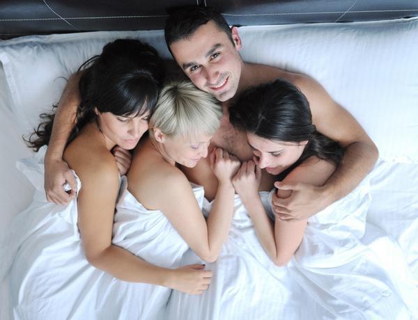 Признаки возбуждения у мужчины на любимую. Как понять, что мужчина возбудился