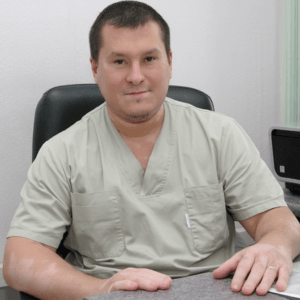 Врач-андролог, пластический хирург Петрович Руслан Юрьевич, специализируется в области хирургической андрологии, а также пластической хирургии. Хирург отделения микрохирургии ФГУ ЛРЦ Минздравсоцразвития