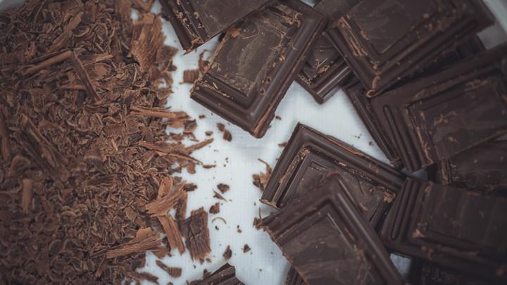 Качественный горький шоколад