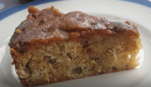 Яблочный пирог с коричным соусом2