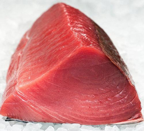 Свежее мясо тунца