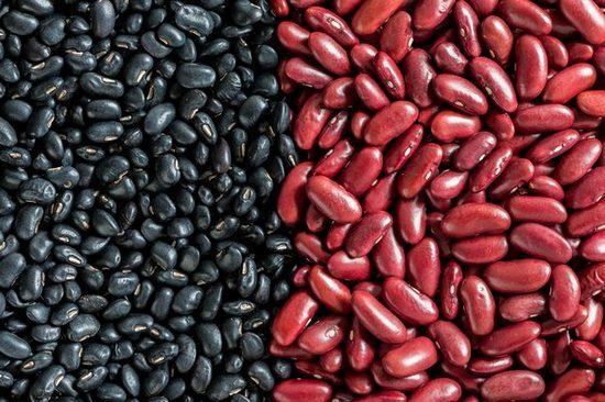 Черная и красная фасоль